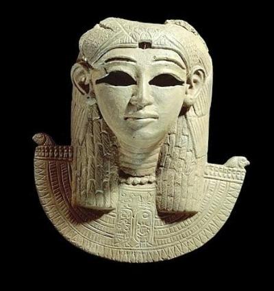 aegis_of_isis_-_sudan_300s_bc_-_british_museum_-_83d40m